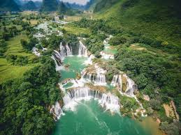 Most Beautiful Waterfalls by 40 Epic Photos Of The World U0027s Most Beautiful Waterfalls The
