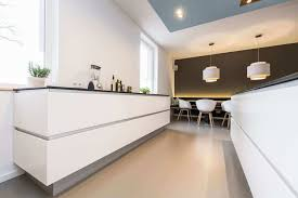 sockelleisten küche sockelblende für die küche designs ideen und bilder