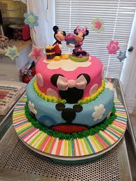 mickey and minnie cakes good idea when you have a double