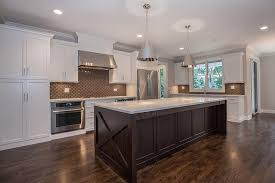 Kitchens With Black Countertops Kitchen Dazzling Features White Shaker Cabinets Paired With
