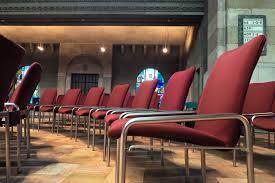 chaise d église images gratuites table architecture banc chaise intérieur