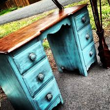 Shabby Chic Furniture Paint Colors by Best 25 Shabby Chic Desk Ideas On Pinterest Desk Space Shabby