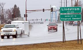 lindström loses umlauts on road signs and the town is dotted with