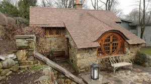 Hobbit Hole Washington by Live Like Tolkien Intended In These Hobbit Worthy Homes Curbed