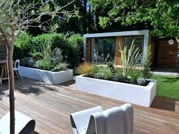 Design Patio Backyard Design Idea Modern Backyard Patio With Wooden Floors