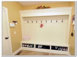 Mudroom Storage by Bench Mudroom Home Decorating Interior Design Bath U0026 Kitchen Ideas