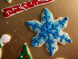 Decorating Icing For Cookies A Royal Icing Tutorial Decorate Christmas Cookies Like A Boss