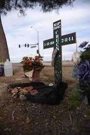 memorial crosses for roadside roadside memorials descansos by brad pease
