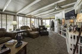 Sunrooms Lexington Ky Johnny Depp Horse Farm Hits Auction Block Wsj