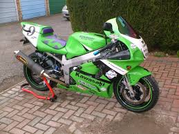 searching zx7r