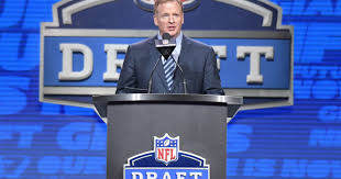 Ozzy The Grizzly Bear Superbowl Xlvii 98 5 The Wolf Youtube - nfl draft tracker 2017 recapping every pick from all seven rounds