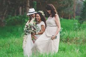 hawaiian wedding with a stunning traditional ceremony