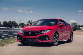 2017 honda civic si boosts its chances in the sport compact segment