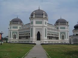 design masjid indah great mosque of medan wikipedia