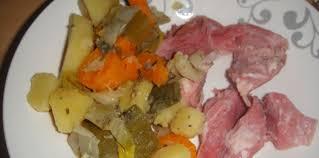 comment cuisiner un jarret de porc jarret de porc et ses petits légumes recette sur cuisine actuelle