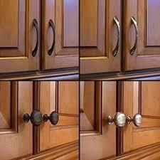 kitchen cabinet door knobs cheap 250 kitchen cabinet hardware ideas kitchen cabinet