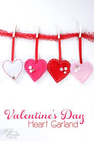 Valentine S Day Decorations To Make At Home by Diy Felt And Buttons Valentine U0027s Day Garland