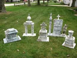 diy halloween decor the year of living fabulously best 25 halloween tombstones ideas on pinterest spooky
