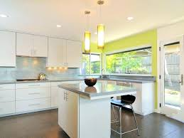kitchen cabinets without crown molding kitchen cabinets crown molding spurinteractive com