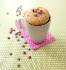 recette de cuisine cake mug cake aux smarties les meilleures recettes de cuisine d ôdélices