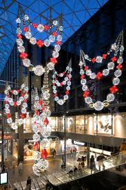 Christmas Decorations Commercial Wholesale Uk by 494 Best Visual Merchandising Christmas Images On Pinterest