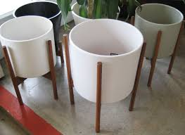 roundup 8 best places to buy garden pots apartment therapy
