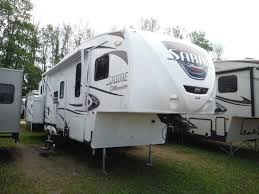 2011 cherokee 39h quad slide 3 bedroom bath and a half rv trailer