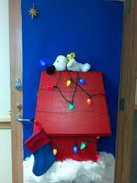 christmas door decorating contest winners snoopy u0027s christmas