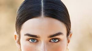 How To Pencil In Eyebrows The Surprising Trick To Fuller Thicker Eyebrows Vogue