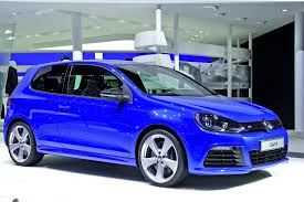 car volkswagen side view volkswagen study golf r aplomb blue side view eurocar news