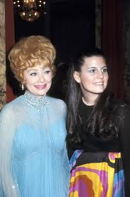 lucy arnaz today lucie arnaz tells closer i see the world through my dad s eyes