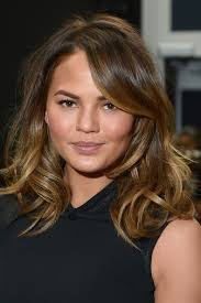 textured shoulder length hair textured waves the most stylish medium length hairstyles