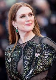 plated hair styles julianne moore adopts middle and plated hairstyles on the red