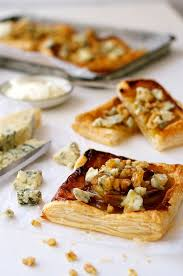 gourmet pears caramelized pears and blue cheese gorgonzola recipetin eats