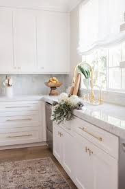 white kitchen cabinets with gold hardware 25 antique white kitchen cabinets for awesome interior home ideas