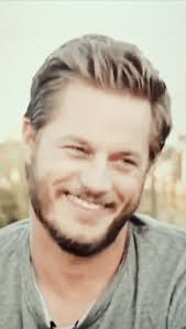 travis fimmel haircut 339 best travis fimmel images on pinterest gifs eye candy and movie