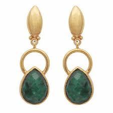 emerald earrings gold ring and teardrop dyed emerald earrings carouseljewels