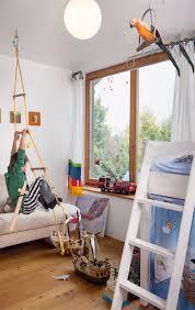 Schlafzimmer Bett Platzieren Funvit Com Wohnzimmer Küche In Einem Landhaus