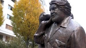 Bud Spencer Bad Budapest Würdigt Bud Spencer Mit Bronze Statue Afp Videos