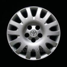 1999 toyota camry hubcaps toyota camry 2002 2006 hubcap genuine factory original 61116 oem