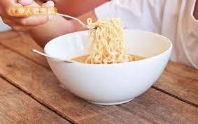 cuisine en ch麩e clair 麵條的鹼水對身體有害嗎 專家來解答