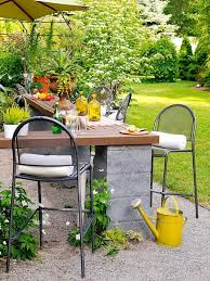 Build Cheap Outdoor Table by Best 25 Cheap Backyard Ideas Ideas On Pinterest Landscaping