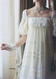 antique wedding gowns