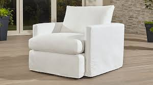 Crate And Barrel Lounge Sofa Review by Lounge Ii Petite Outdoor Slipcovered Chair Crate And Barrel