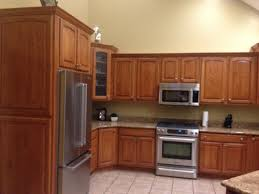 oak kitchen cabinets pictures oak kitchen cabinets help what to do stain or paint