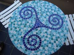How To Make A Mosaic Table Top Best 25 Mosaic Table Tops Ideas On Pinterest Mosaic Tile Crafts