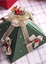 Gift Wrapping How To - diy christmas gift wrap ideas handmade bows gift bags and toppers