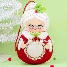felt mrs claus ornament sewing pattern diy
