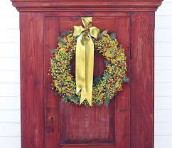 How To Make Home Decorations by Diy Christmas Wreaths How To Make A Holiday Wreath Craft Idolza