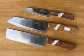 kitchen knives review credible cutters on the cheap kitchen knives review